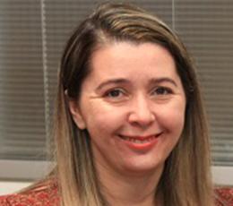 Adriana Zawada Melo